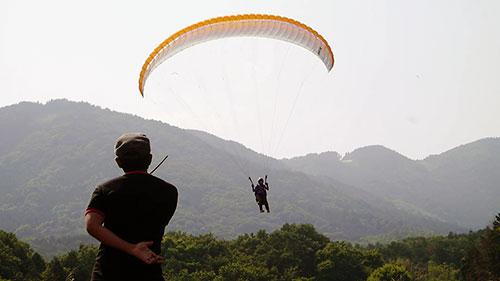 パラグライダー練習風景